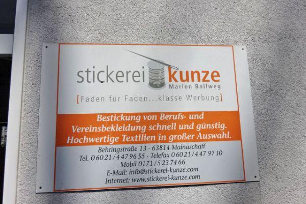 0010-bm-stickerei-1244B8F95-EB27-E673-23F6-BD7D12948416.jpg